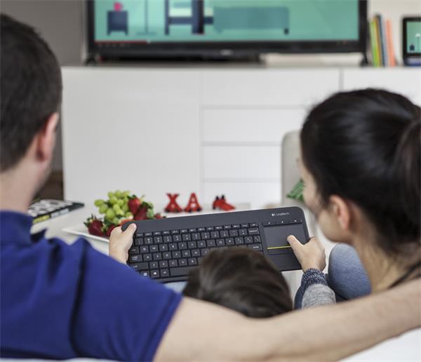 Logitech® K400 Plus Wireless Touch Keyboard Black, UK layout