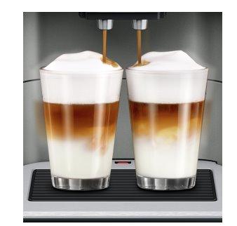 SIEMENS_19 bar,2 šálky naraz,speciality:Americano,Flat White a Cafe Cortado,2 profily,nastav. pomer mlieko/káva, sivý