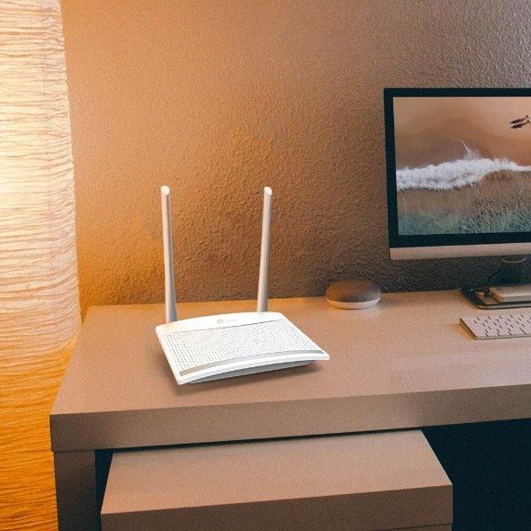 TP-LINK TL-WR820N N300 Wi-Fi Router, 300Mbps at 2.4GHz, 1 10/100M WAN Port + 2 10/100M LAN Ports, 2 antennas